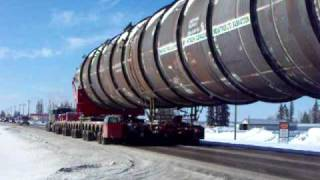 Mammoet moves the big one.AVI