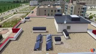Instalación de sistemas solares OKSOL de Orkli en edificio residencial para producción de ACS