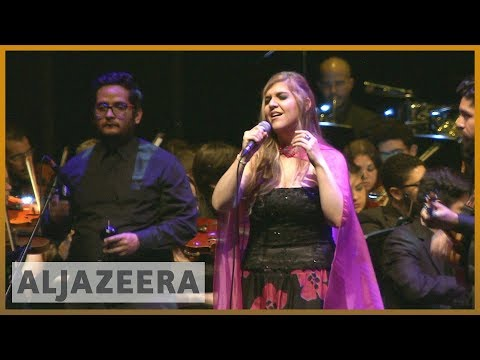 🇻🇪Venezuelan migrants set up a band to cope | Al Jazeera English