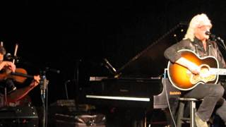 "Arlo Guthrie performs ""Pretty Boy Floyd "" by Woody Guthrie at the Guthrie Center May 24, 2014"