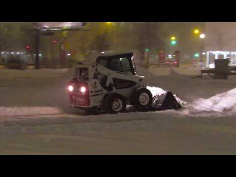 Snow Piling Up Overnight In Regina - March 4, 2018