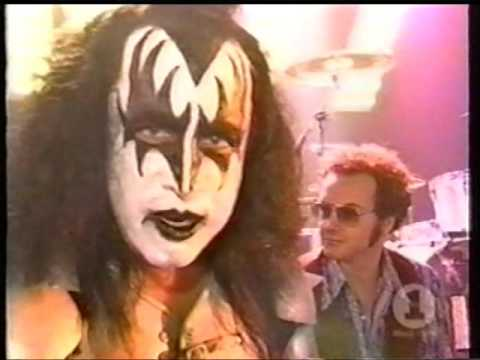 Kiss - That s 70 s KISS Show - YouTube 0f11162d441