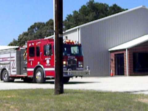 Brownsboro, Tx Engine 1 responding to a structure fire