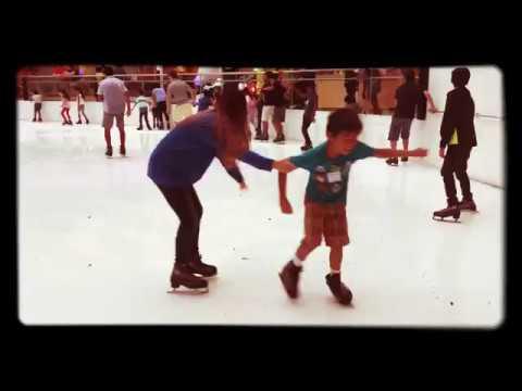 The Galleria Dallas Ice Skating : 2017