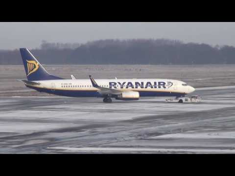 Eindhoven Airport on a cold morning 15-1-2017