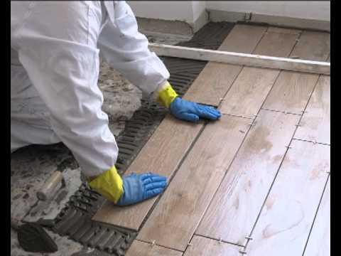 Colocaci n porcel nico sobre terrazo youtube - Como poner un suelo de madera ...