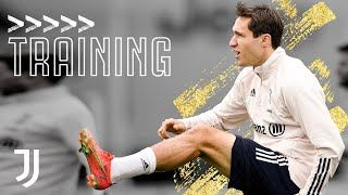 💪 Power and Finesse Shooting Drills! | Friday Training at the JTC | Juventus