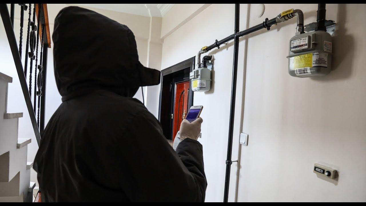 Korona günlerinde İstanbul'u kapı kapı dolaşmak: Sayaç okuma işçisinin bir günü