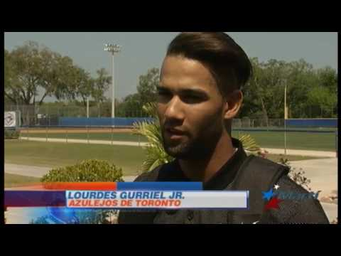 Lourdes Gurriel se pule con Azulejos de Toronto para las Grandes Ligas