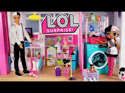 Barbie LOL Family Dollhouse Cleaning  Morning Routine  Titi Toys Dolls