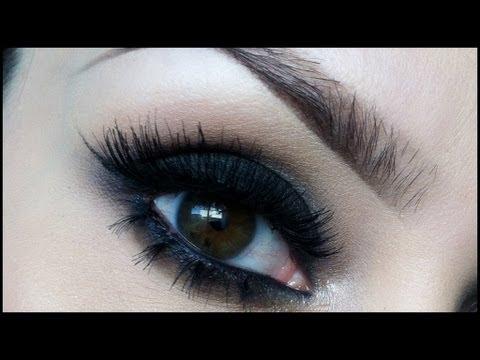 Dramatic black smokey eye makeup