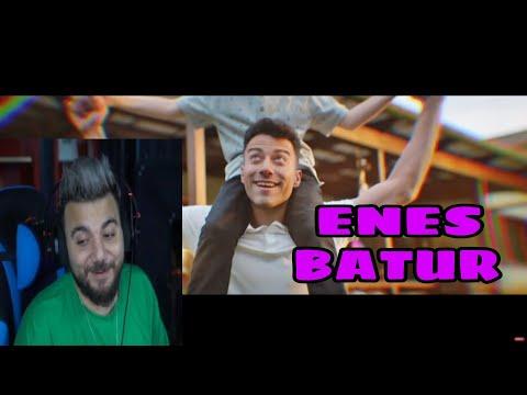 Egoist Pati Enes Batur - Ayaz (Official Video) İzliyor ve Dinliyor