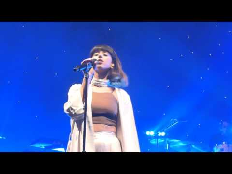 Foxes - If You Leave Me Now (HD) - Roundhouse - 04.03.16