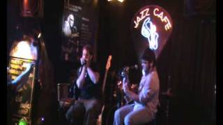 "Too late (Little walter) - Tony Travé ""Oso"" y Pobas - Jazz Café - Córdoba 24/3/2010"