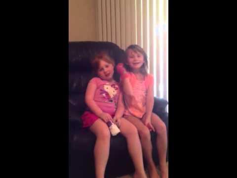 Besties Sing 'Grandma Moses' Song