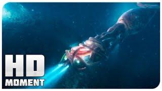 Джонас спасает команду экспедиторов - Мег: Монстр глубины (2018) - Момент из фильма