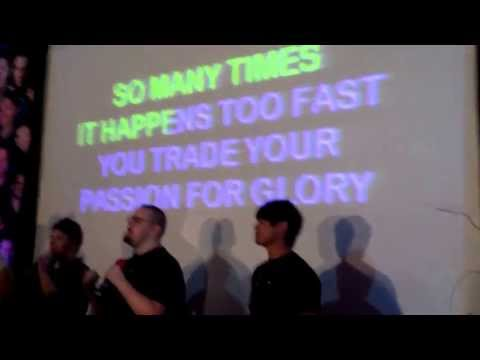 Karaoke Kings NJcon 2013 - Dean sings Eye of the Tiger