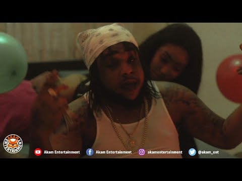 Squash - Mek It Shake [Official Music Video HD]