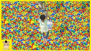 Indoor Playground Learn Colors for Kids and Family Colors Rainbow Balls Play Slide| MariAndKids Toys
