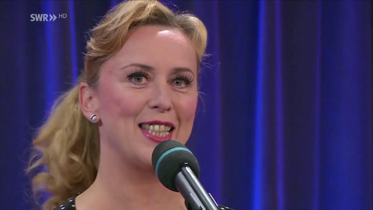 Martina Brandl bei Freunde in der Mäulesmühle - Kabarettprogramm