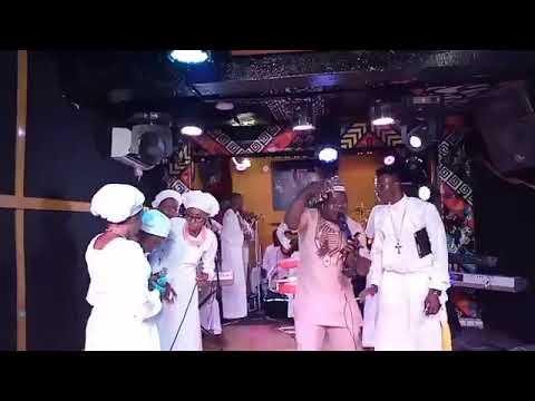 Download Evang. Kola Arole Baba Ara live performance on Trinity Fm