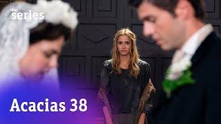 Acacias 38: Elvira aparece en la boda de Simón #Acacias612 | RTVE Series