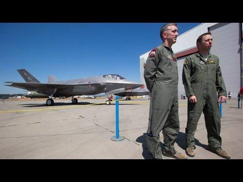F-35 fighter jets make Canadian debut