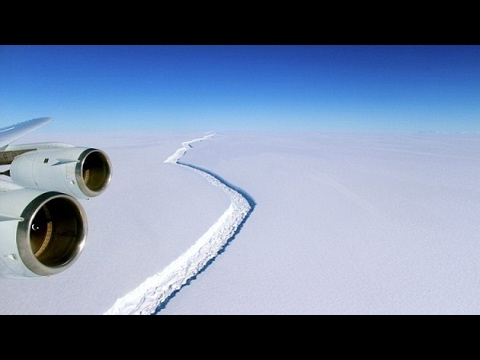 Massive crack in Antarctic has grown over 27 km in last two months