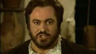 Download Video Luciano Pavarotti - La Donna È Mobile (Rigoletto) MP3 3GP MP4