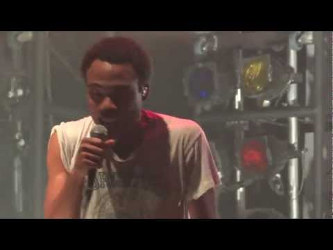 "Childish Gambino - ""Heartbeat"" (Live in Los Angeles 11-12-11)"