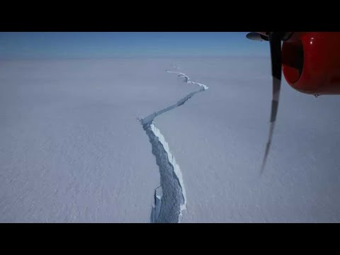 Enorme grieta libera un iceberg masivo en la Antártida