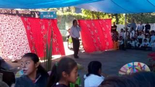 presidente de xaltepuxtla presentando el evento navideño esc. prim. ignacio m. altamirano