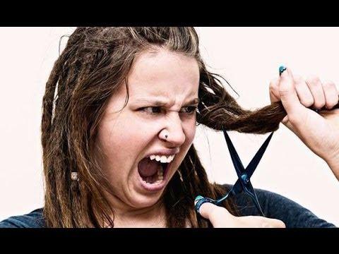Lhuile pour les cheveux agissant comme