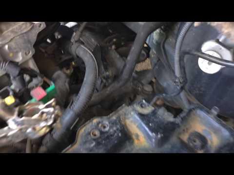 Peugeot 307 tu5jp4 - Starter motor removing - DIYChannel
