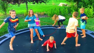 10 KIDS FOR LABOR DAY!!! Cousin Birthday Party & Pinata