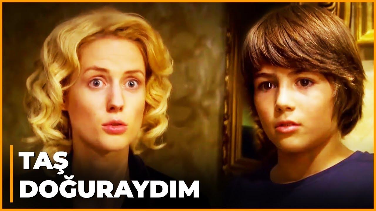 Caroline, Mustafa'yı Cemile'yle Konuşurken Gördü! - Öyle Bir Geçer Zaman Ki 84. Bölüm