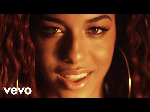 Natalie La Rose ft. Fetty Wap - Around The World (Official V