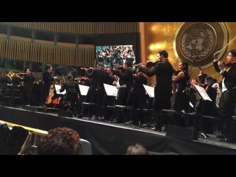 "Gustavo Dudamel and Simón Bolívar Orchestra of Venezuela ""breakdown"" of the groove at United Nation"