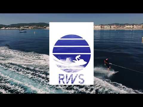 Activités Wake Board et Ski nautique sur la Base Nautique Riviera Water Sports sur la plage de Port