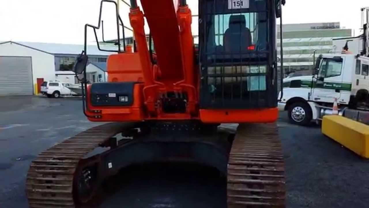 DOOSAN DX225LC (iT4) Crawler Excavator