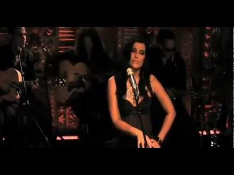 Nelly Furtado - I'm Like a Bird. (Traducida)