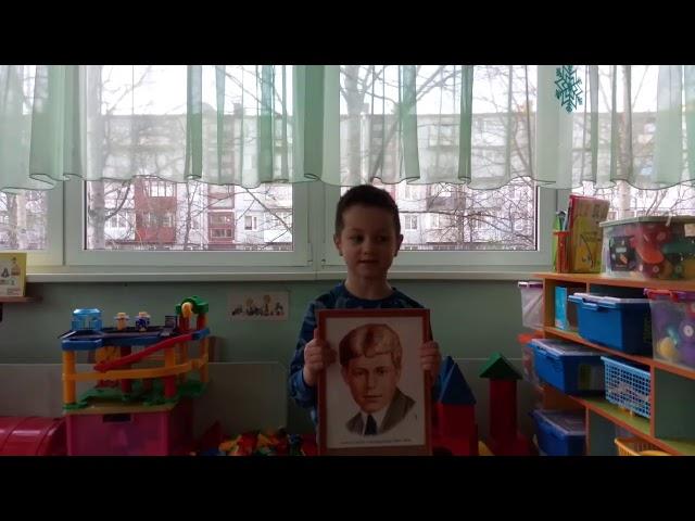 Изображение предпросмотра прочтения – ТихонБойцов читает произведение «Берёза» С.А.Есенина