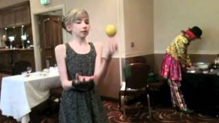 World S Worst Juggler