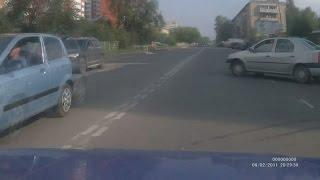 Тверь. ДТП на улице Хрустальной