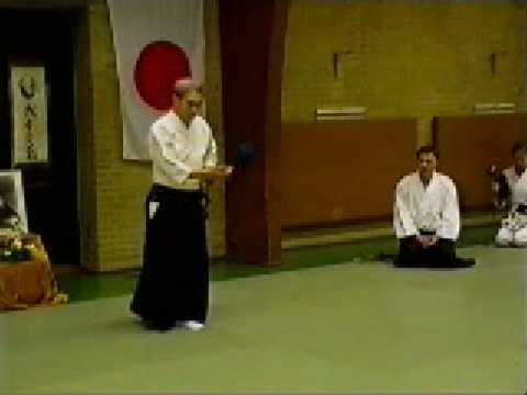 Shoji Nishio Aikido Toho Iai 06 Tsukaosae Gyakuhanmi Nikyo