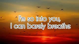 INTO YOU - ARIANA GRANDE (Lyrics)