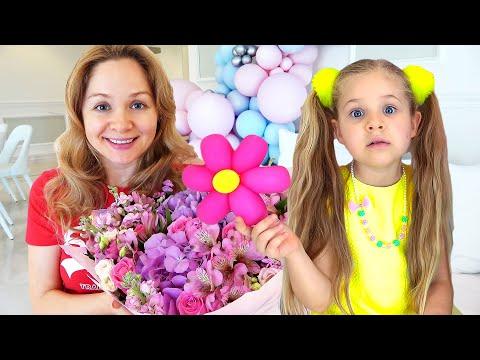 Диана и Рома делают букеты для мамы