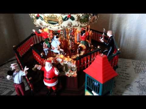 Maisto Christmas Carousel