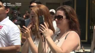 Мировой рекорд по поеданию пончиков в Санта Монике