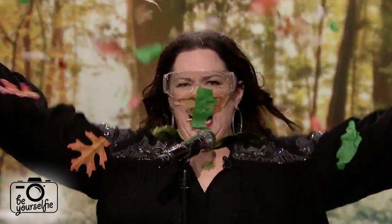 Melissa McCarthy Totally Dominates a Lip-Sync Showdown Against JimmyFallon